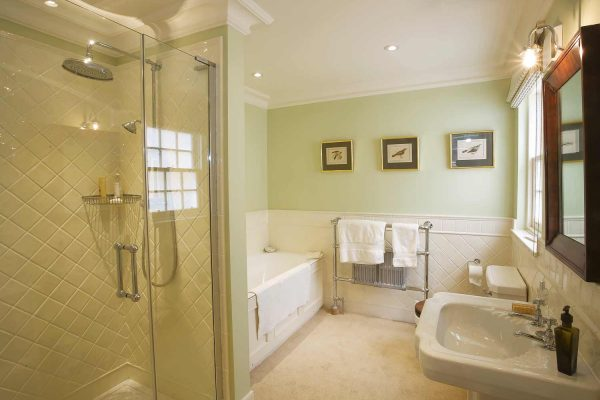 A colour photograph of an ensuite bathroom at Edradynate Estate - Luxury self catering accommodation in Scotland - Edradynate Country House and Sporting Estate House Perthshire, available for rent, shoot days, fishing and family holidays on a catered or self catered basis.