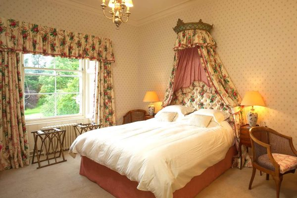 A colour image of a double room with ensuite at Edradynate Country House and Sporting Estate Scotland. Edradynate is available for rent, shoot days, fishing and family holidays on a catered or self catered basis.