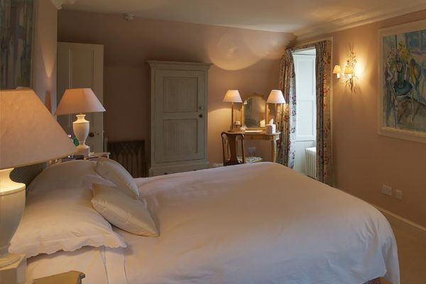Edradynate Country House Accommodation - Luxury Scottish Country House & Sporting Estate in Perthshire, Scotland
